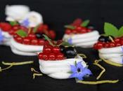 Mini pavlovas rellenas crema limón frutos bosque