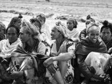 Combatiendo hambruna Etiopía empoderando comunidad
