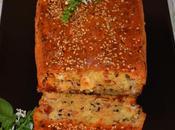 Cake salado tomate seco, queso beicon