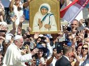 Religión: Madre Teresa canonizada.