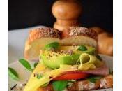 Sandwich emmental aguacate