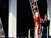 """Brawn sobre Vettel: criticando equipo, trabaja equipo"""""""