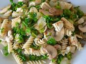 Pasta tofu, champiñones kale