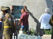 Aquí está tumba Fidel