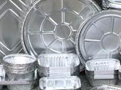 ¿Podemos calentar comida envases aluminio microondas?