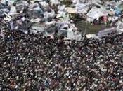 Aseguran Mubarak familia salido Cairo, aumentan manifestaciones