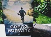 Reseña Mientas Gregg Hurwitz