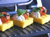 Polenta grill tomates balsámicos orégano. Receta aperitivo
