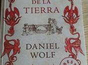 """Reseña tierra"""" Daniel Wolf"""