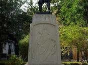 Monumento Zurbarán Plaza Pilatos.