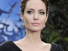 Angelina Jolie habla divorcio