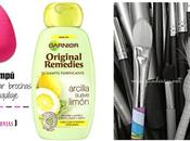 nuevo champú producto favorito para limpiar brochas maquillaje.