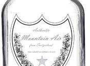 Empresario vende aire montaña caro mundo botella