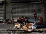 drama hambre venezolanos pobres, comer basura