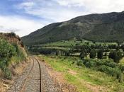 Viajar tren Perú. trayecto lujo Cusco Puno
