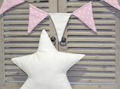 Banderín estrella color nude.