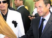 Gaddafi, hermano muestra amor