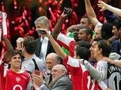Último título ganado Arsenal: 2005 joven...