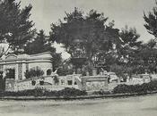 """Kioskos jardines Prado: """"Mezquita"""" """"Fuente"""""""