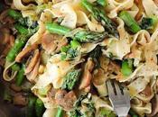 Tagliatelle verduras salteadas Ensalada templada pasta