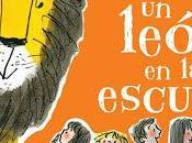 """""""Cómo esconder león escuela"""", Helen Stephens: aventura divertida llena amor"""