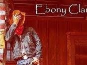 Reseña amor guerra, Ebony Clark