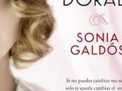 pluma dorada Sonia Galdós