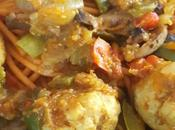 Espagueti quinoa tomate albondigas curry