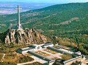 Congreso ordena sacar Franco Valle Caídos.