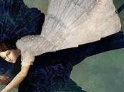 mujer golondrina