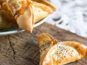 Empanadillas atún huevo semillas amapola