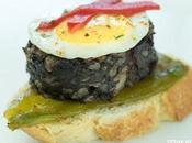 Receta pincho morcilla pimientos huevo codorniz