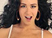 Diosa Canales sorprendió nuevo look