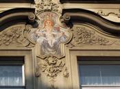 Adornos fachadas Praga