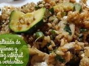 Salteado quinoa arroz integral verduritas tofu