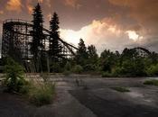'Abandoned: Hauntingly Beautiful Deserted Theme Parks' Seph Lawless, parques atracciones también pueden miedo