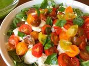 Tomatitos cherry como aperitivo ensalada burrata albahaca