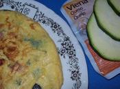 Tortilla calabacín salchichas Viena