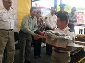 Alcalde Ricardo Gallardo entrega equipamiento nuevo Honorable Cuerpo Bomberos