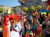 Primer desfile orgullo LGBT Kosovo