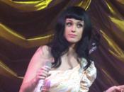 Katy Perry canta canción Lady Gaga (video)