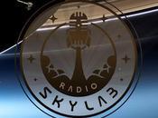 Radio Skylab, episodio Sobrevuelo.