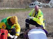 Senderismo, excursionismo montaña: Helicóptero emergencias.