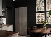 Atemporal, elegante sofisticado, negro para vestir paredes.