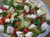 Ensalada mixta fresones, aguacate mozzarella
