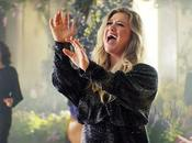 Kelly Clarkson estrena videoclip tema 'Meaning Life'