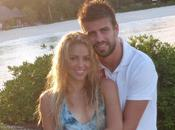 Shakira presenta sol…