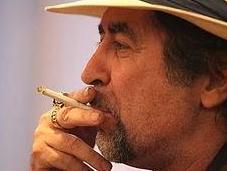 Multan Sabina: 11.000 dólares fumar cigarillo