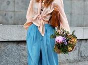 camisa anudada, croptop crochet, pantalon denim converse