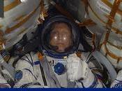 ruso, norteamericana alemán entran Soyuz...